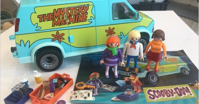 Playmobil Toy Review: Scooby-Doo Mystery Machine